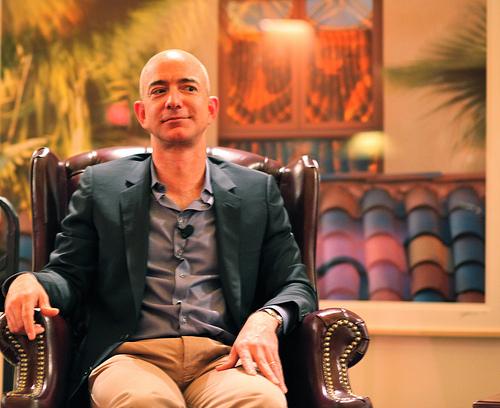 AmazonCEOのジェフ・ベゾスはなぜ大成功を収めることができたのか